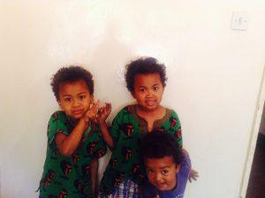 ザンビア3兄弟